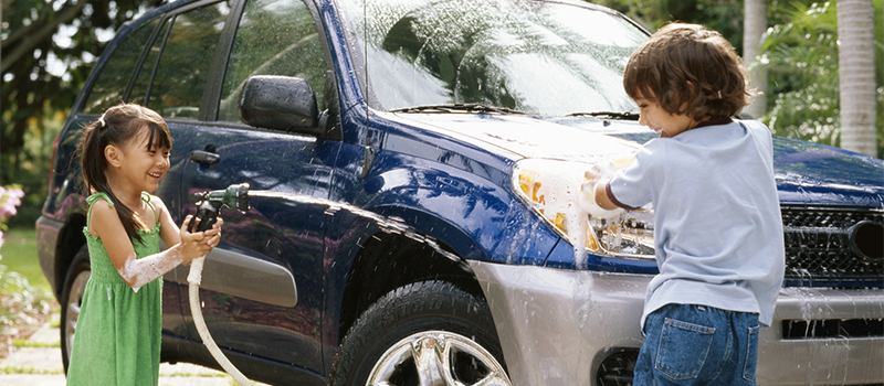 DIY Car Cleaning Tips to Spruce Up Your Ride